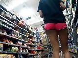 Sexy long legged Asian pussy gap